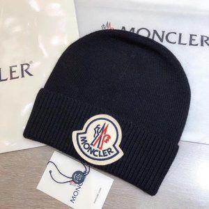 Moncler Black Beanie With Logo